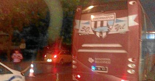 En la imagen, el autobús del Bandirmaspor.