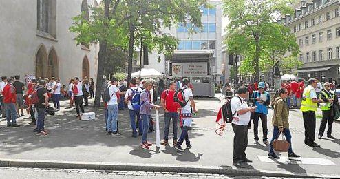 Imagen de la Fan Zone del Sevilla en Basilea.