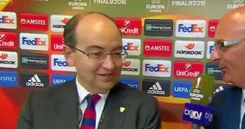 Pepe Castro, exultante con el triunfo de su Sevilla