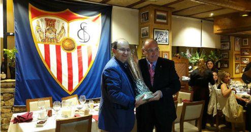 El presidente del Sevilla F.C., anoche, tras la cena oficial con los medios de comunicaci�n.