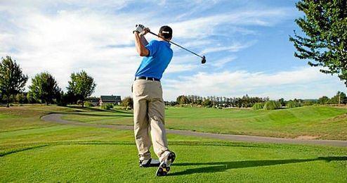 El golf genera algo más de 2.000 millones de euros anuales en España.