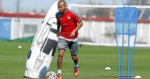 El agente de Mariano Ferreira contactó con representantes del Barça en la final de Copa.
