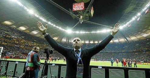 Monchi celebra la cuarta Europa League.
