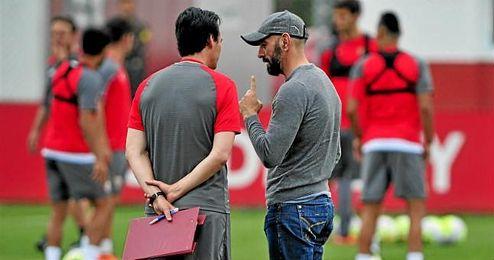 El Everton se ha interesado por Emery y por Monchi.