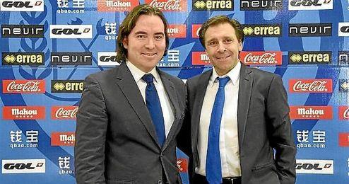 Felipe Miñambres junto al presidente del Rayo Martín Presa.