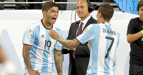 Banega y Di María, protagonistas del triunfo de Argentina.