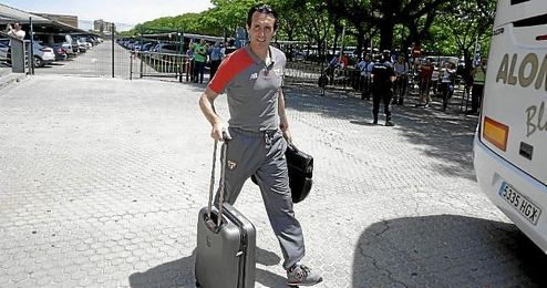 Unai Emery tendría ya las maletas hechas, a la espera de confirmar su adiós definitivo.