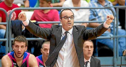 Diego Ocaña durante un partido en la ACB.