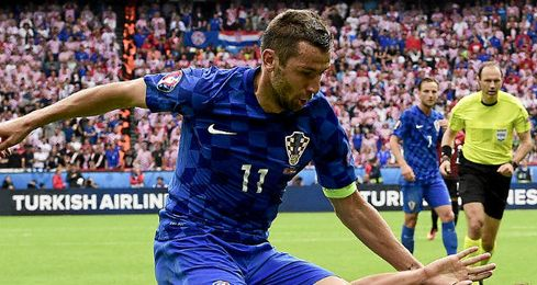 Srna, durante el partido de hoy de Croacia.
