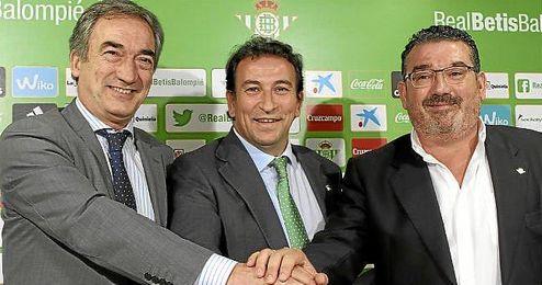 Javier Lozano, José Miguel López Catalán y Juan Valera.