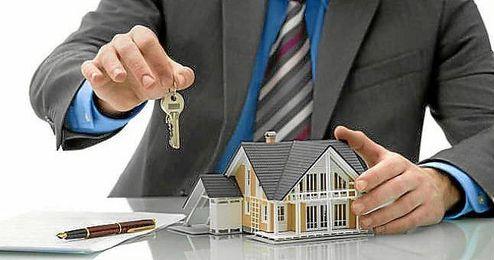 Las hipotecas a tipo fijo arrasan en la compra de la segunda vivienda.