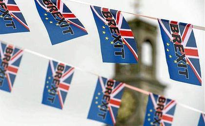 """El ´Brexit´ ha logrado una victoria recibida por sus partidarios como el """"día de la independencia británica""""."""