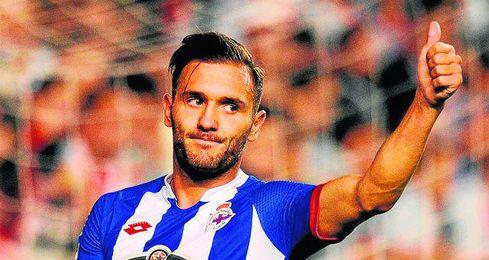 Lucas Pérez se siente agradecido al Deportivo, que apostó por él hace dos veranos.