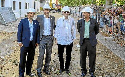 Cordón, Haro, López Catalán y Solano posan para los medios gráficos