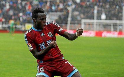 Bruma celebra un gol con la Real Sociedad.