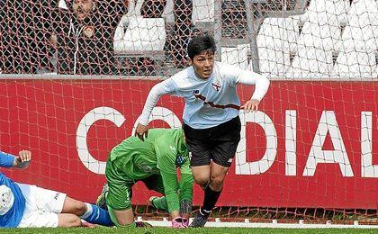 Borja Lasso, seguir� en el Sevilla
