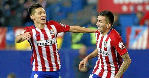 Kranevitter celebra un gol con Correa.