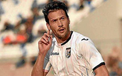 Franco Vázquez, con la elástica del Palermo.