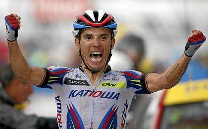 En su palmarés dispone de tres etapas en el Tour de Francia, nueve en la Vuelta a España y dos en el Giro de Italia.