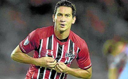 Ganso celebra un gol con el Sao Paulo.