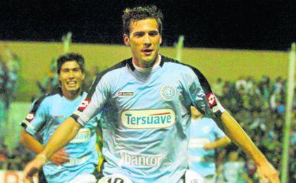 El �Mudo� V�zquez, con la el�stica de Belgrano argentino.