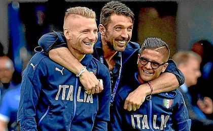 Immobile, junto a Buffon e Insigne en la Eurocopa de Francia.