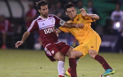 Matias Kranevitter en su debut con la elástica sevillista ante River Plate.