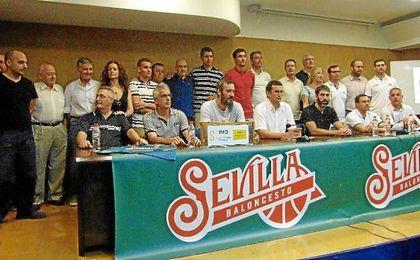 Rueda de prensa que han ofrecido hoy los trabajadores del CB Sevilla.