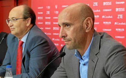 Monchi y Castro han hablado de la planificación durante la presentación de Ganso.