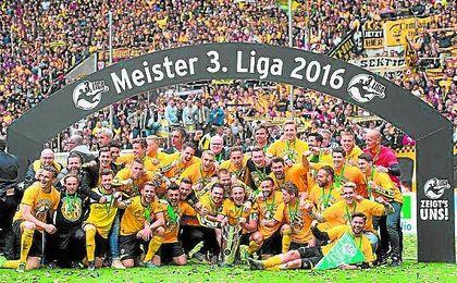 El Dynamo Dresden ha conquistado la Bundeliga 3 la pasada temporada y ha certíficado así su regreso a segunda.