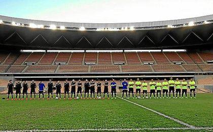 11 elegidos pudieron disfrutar de un partido de fútbol en el Olímpico