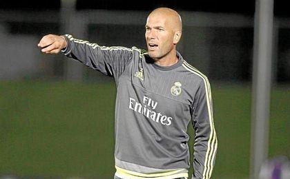 """Zidane sobre James: """"Espero que juegue más este año porque tiene talento. Quiero que dé el cien por cien""""."""