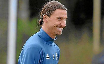 Ibrahimovic, en un entrenamiento con el United.