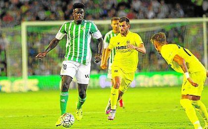 N´Diaye, en la imagen en el choque frente al Villarreal del estreno de la pasada campaña, no repetirá.
