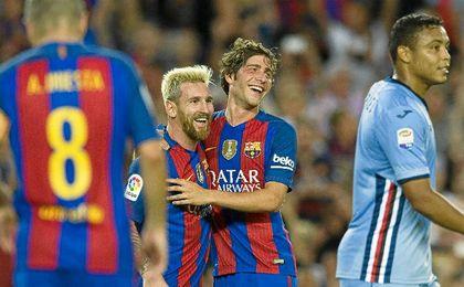 Messi marcó dos de los goles del Barcelona.