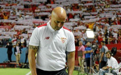Sampaoli no pudo estrenarse con victoria en el Pizjuán.
