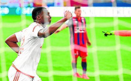 Moukandjo se estrenó con doblete en el primer partido de la Ligue 1.