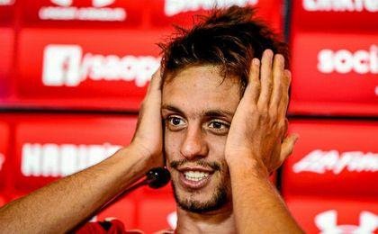 Rodrigo Caio ha hablado hasta en tres ocasiones con Sampaoli.