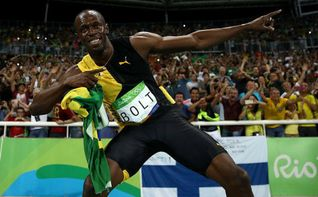 Usain Bolt caza a Carl Lewis y a Paavo Nurmi