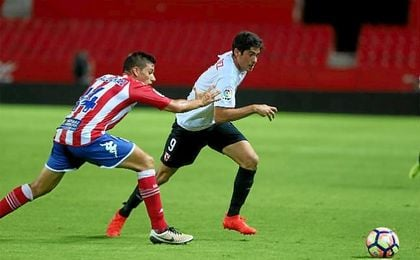 Carlos Fernández, durante el partido ante el Girona.