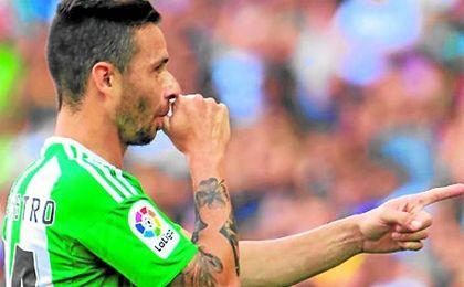 El canario dedicó sus goles en el Camp Nou a su hijo Kilian, nacido hace apenas unos días.