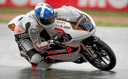 McPhee, sobre el mojado trazado de Brno.