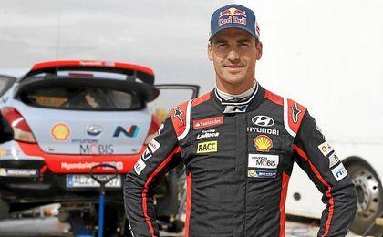 """""""Mi objetivo es luchar por victorias y podios en el WRC de una manera regular, y s� que es un objetivo realista""""."""