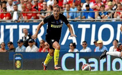 Caner Erkin, en un amistoso con el Inter de Milán.