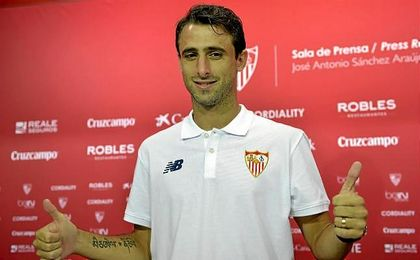 Nico Pareja, feliz por su renovación con el Sevilla.