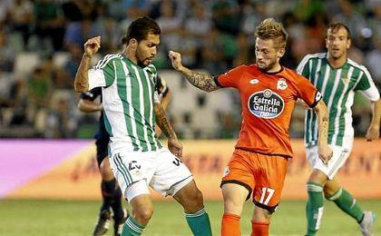Marcos Asunçao marcó los dos goles que dieron la última victoria del Betis ante el Deportivo.
