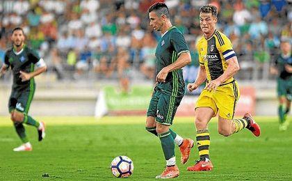 El delantero canario sigue siendo el goleador verdiblanco, ha metido los dos únicos tantos béticos en Liga.