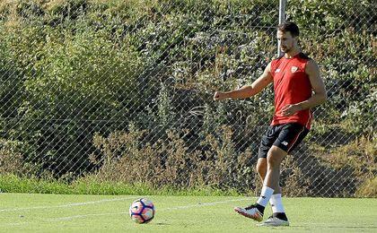 Juan Muñoz se entrena al margen.