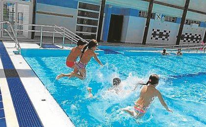 Los más pequeños han podido disfrutar un verano más de las instalaciones municipales.