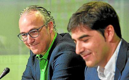 Tanto el director deportivo, Miguel Torrecilla, como el presidente, Ángel Haro, están muy satisfechos.